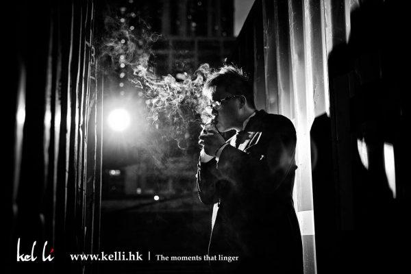 吸煙的男人
