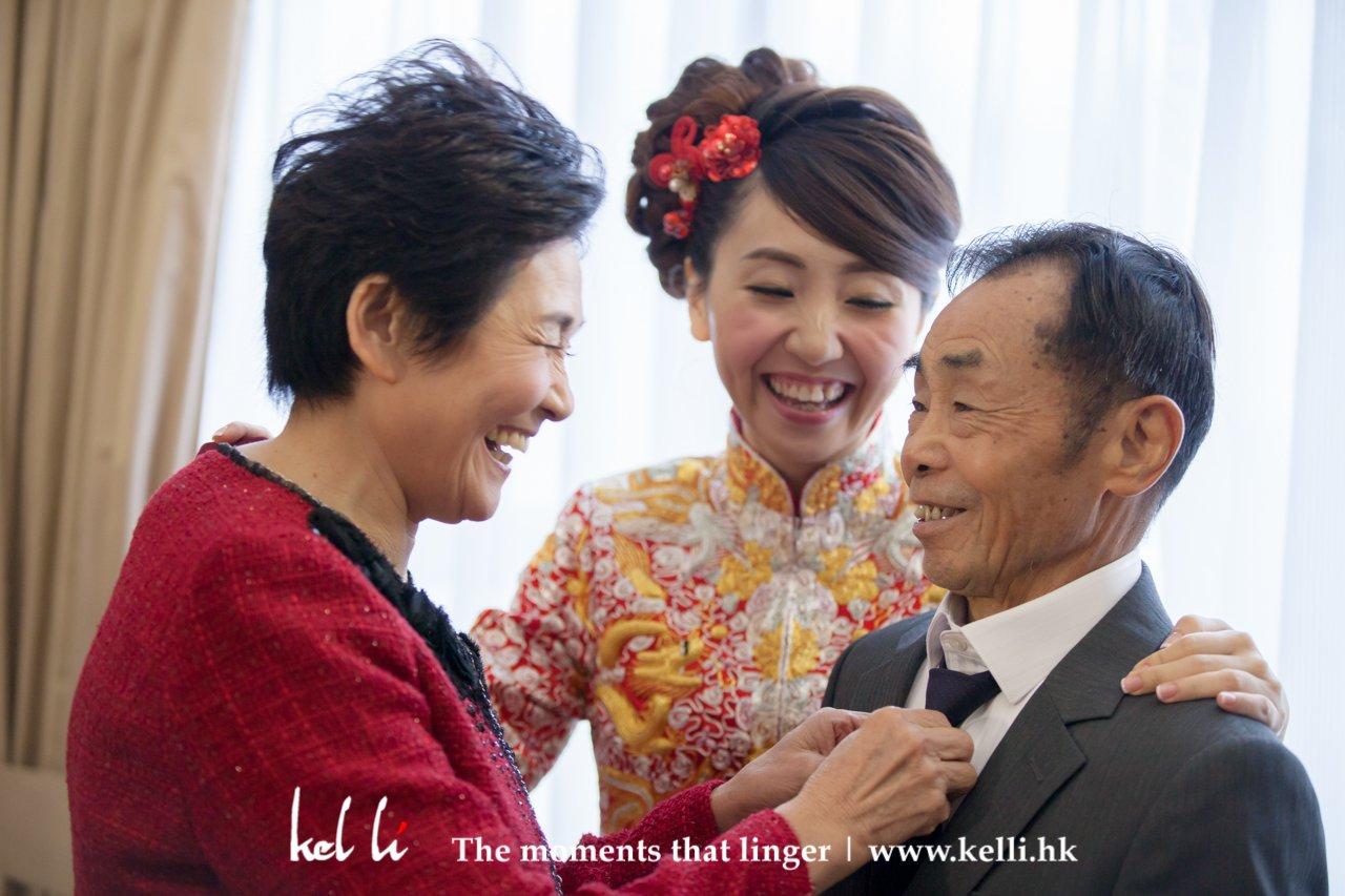 Bride & Parents - sweet moments