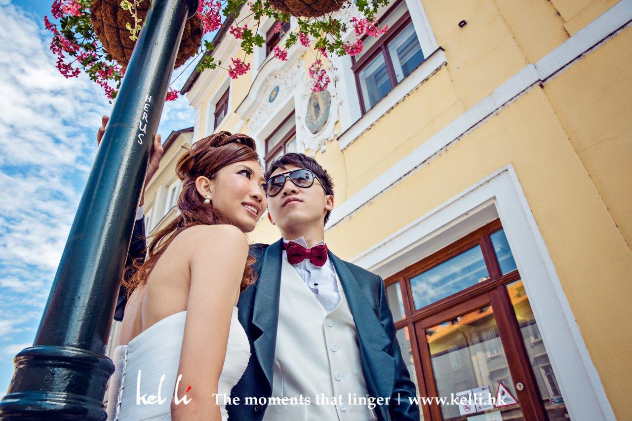在布拉格,很多很富歐陸風格的建築物都適合拍攝婚照