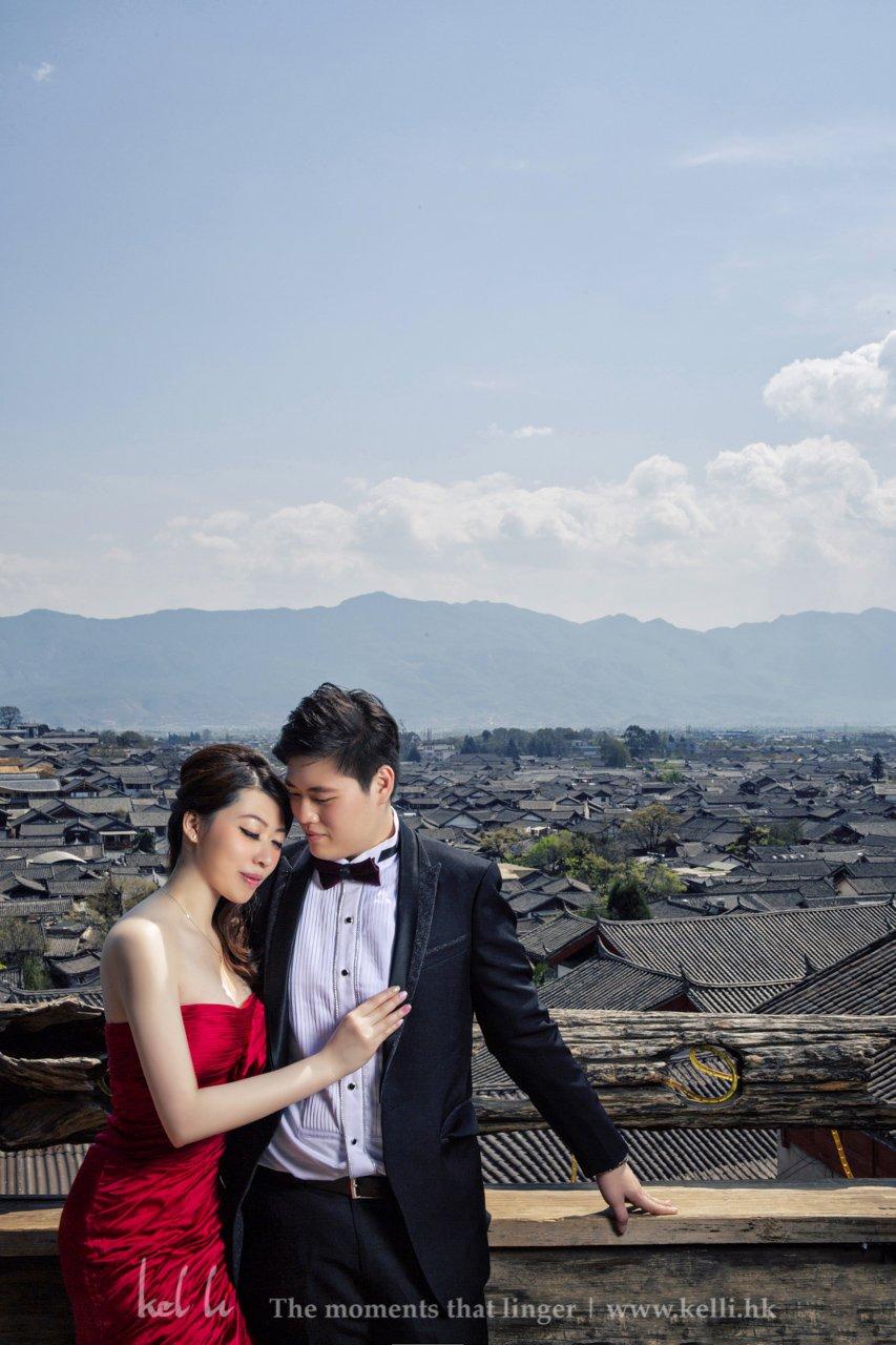 主角拍摄于丽江古城下