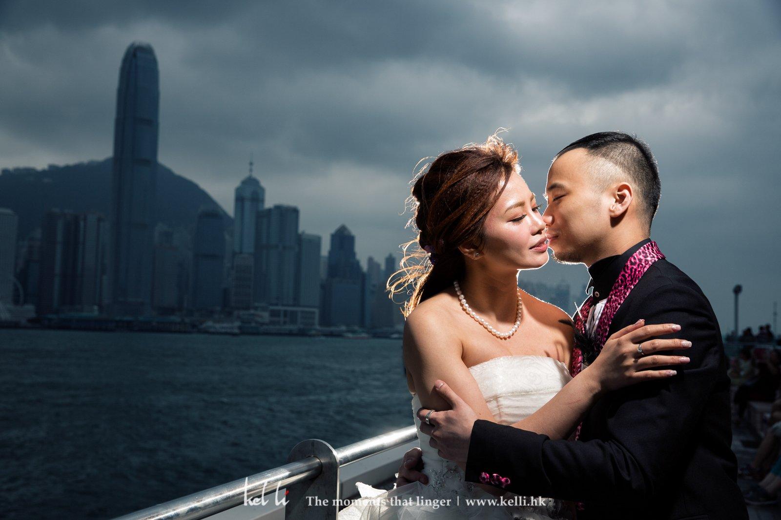 尖沙咀海旁是經常婚禮會拍到的外景