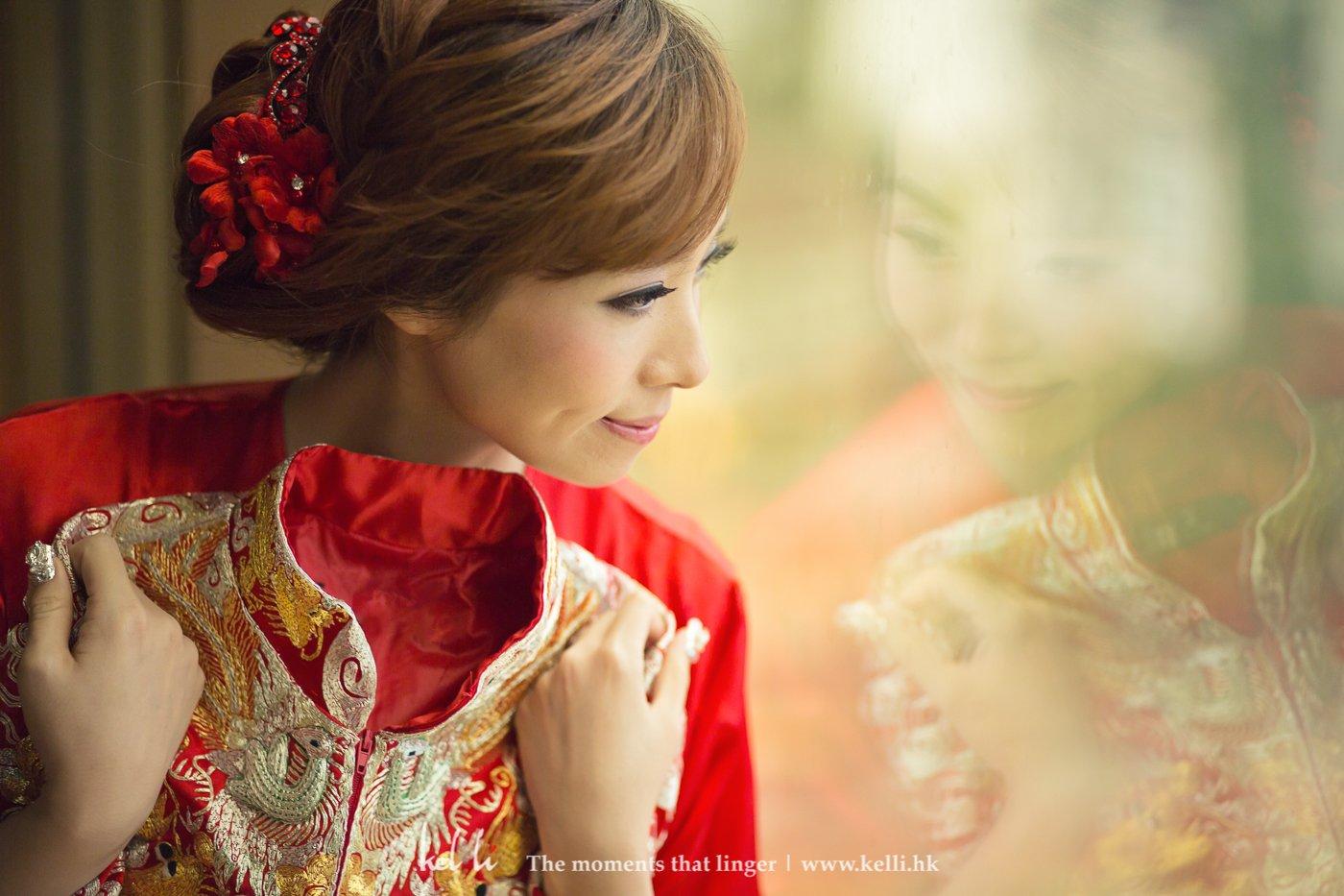 Kel Li Art Gallery - 新娘在婚禮當天,期待著上褂的心情