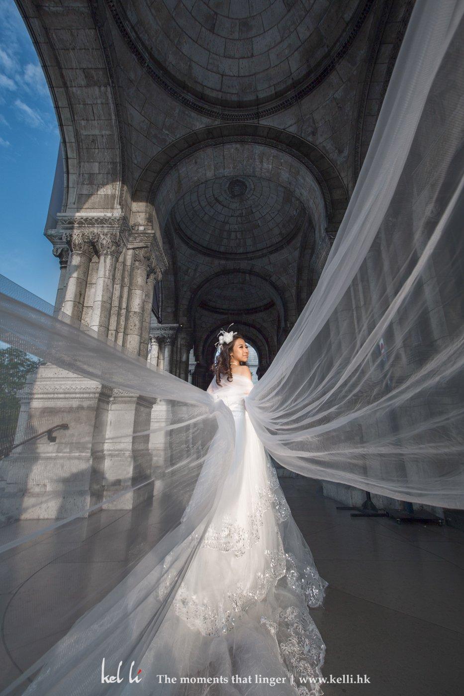 頭紗像為新娘子加上了雙翼