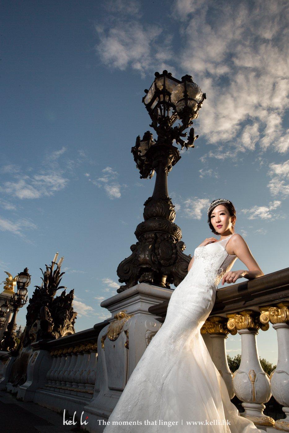新人在拍攝婚紗照時必須表現自信,這樣才拍出自信美麗