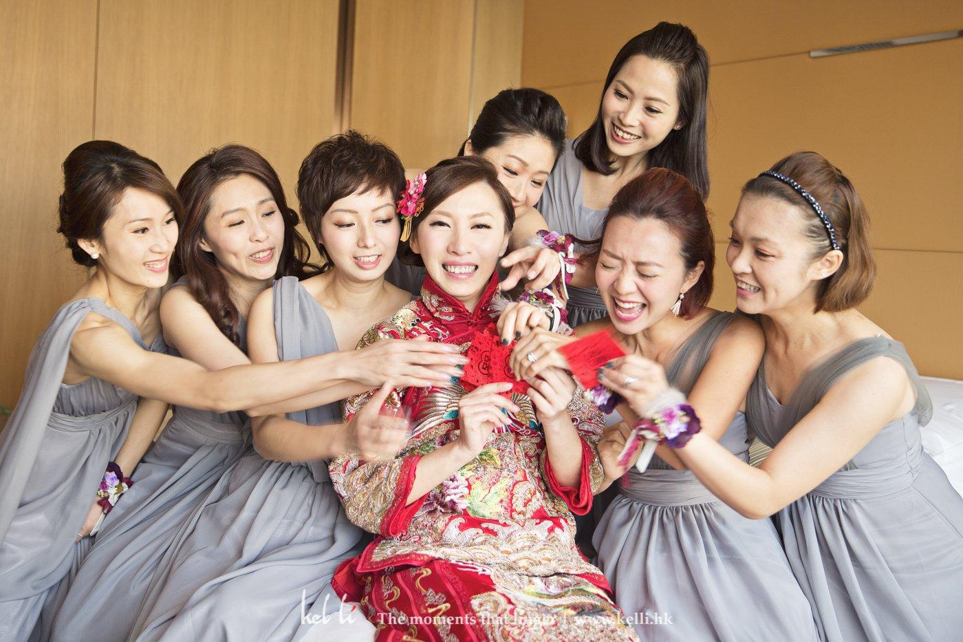 與一班姐妹的合照,婚禮就是要高興