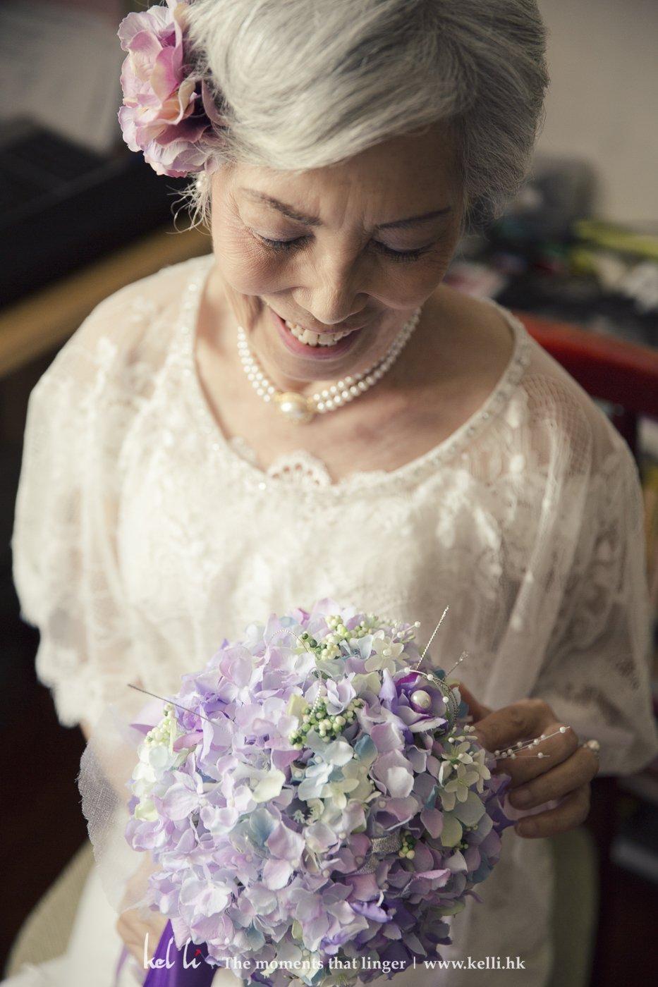 換上了婚紗的杜太,感覺又截然不同,很高貴