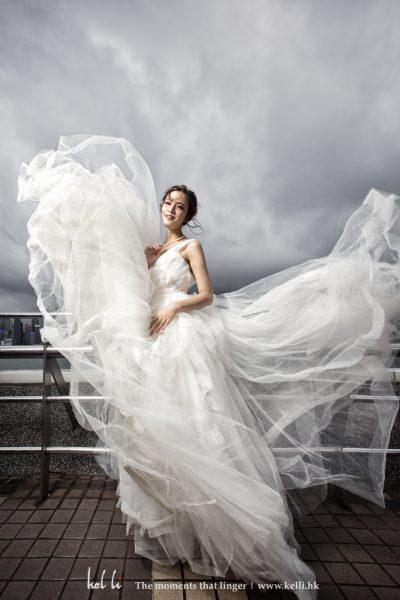 有時來一張凌亂美的婚紗照都很特別