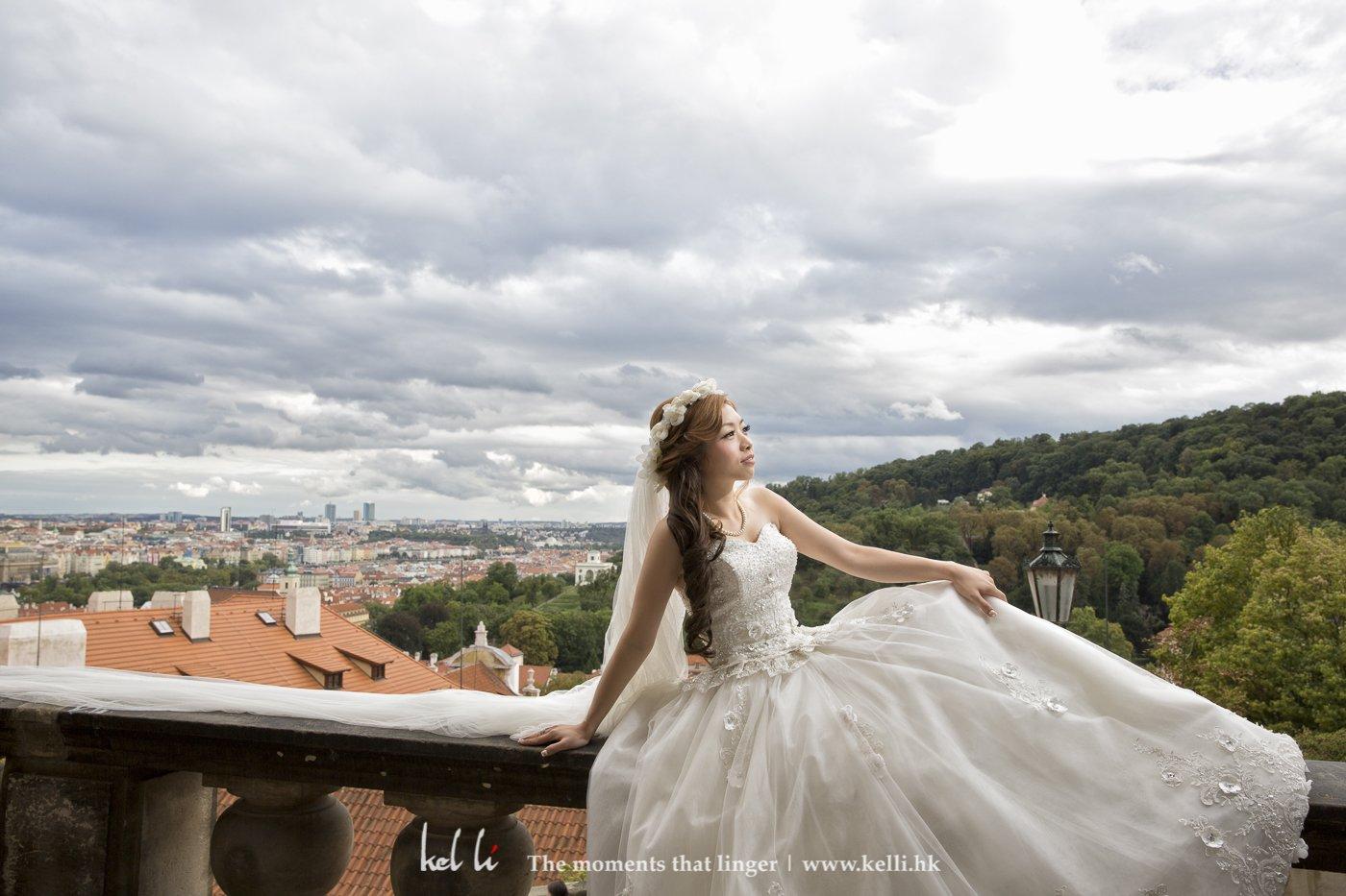 城堡上能一览布拉格全景