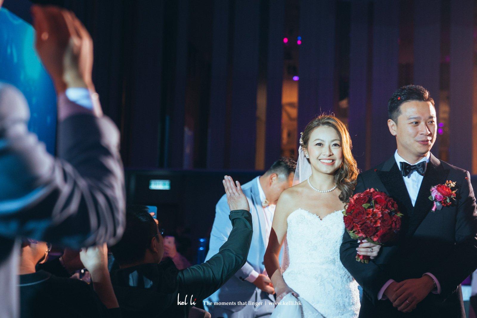 在證婚儀式及在婚禮晚宴前的March-In
