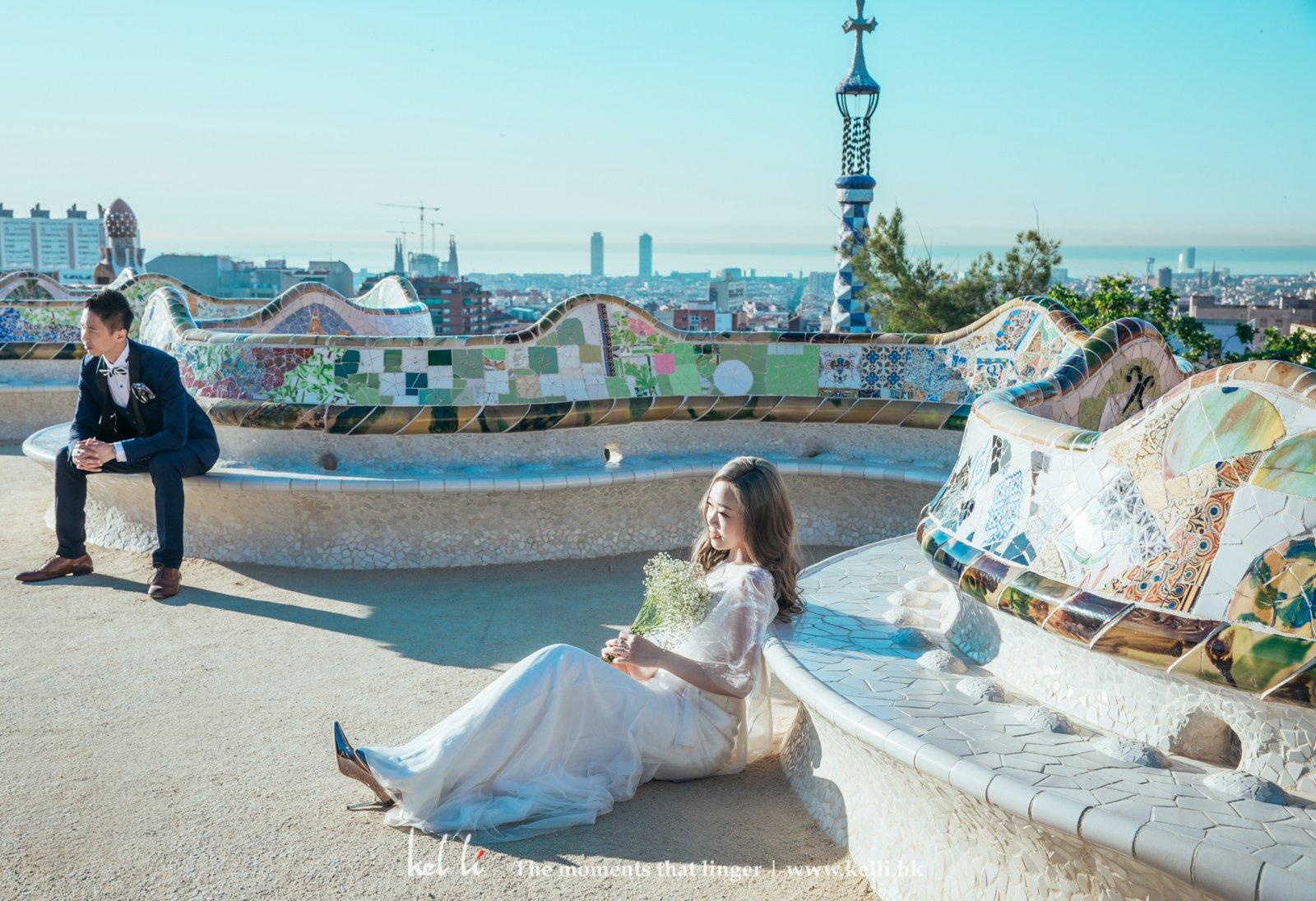 用大量馬賽克推砌而成的奎爾公園,是拍攝婚紗的地標之一