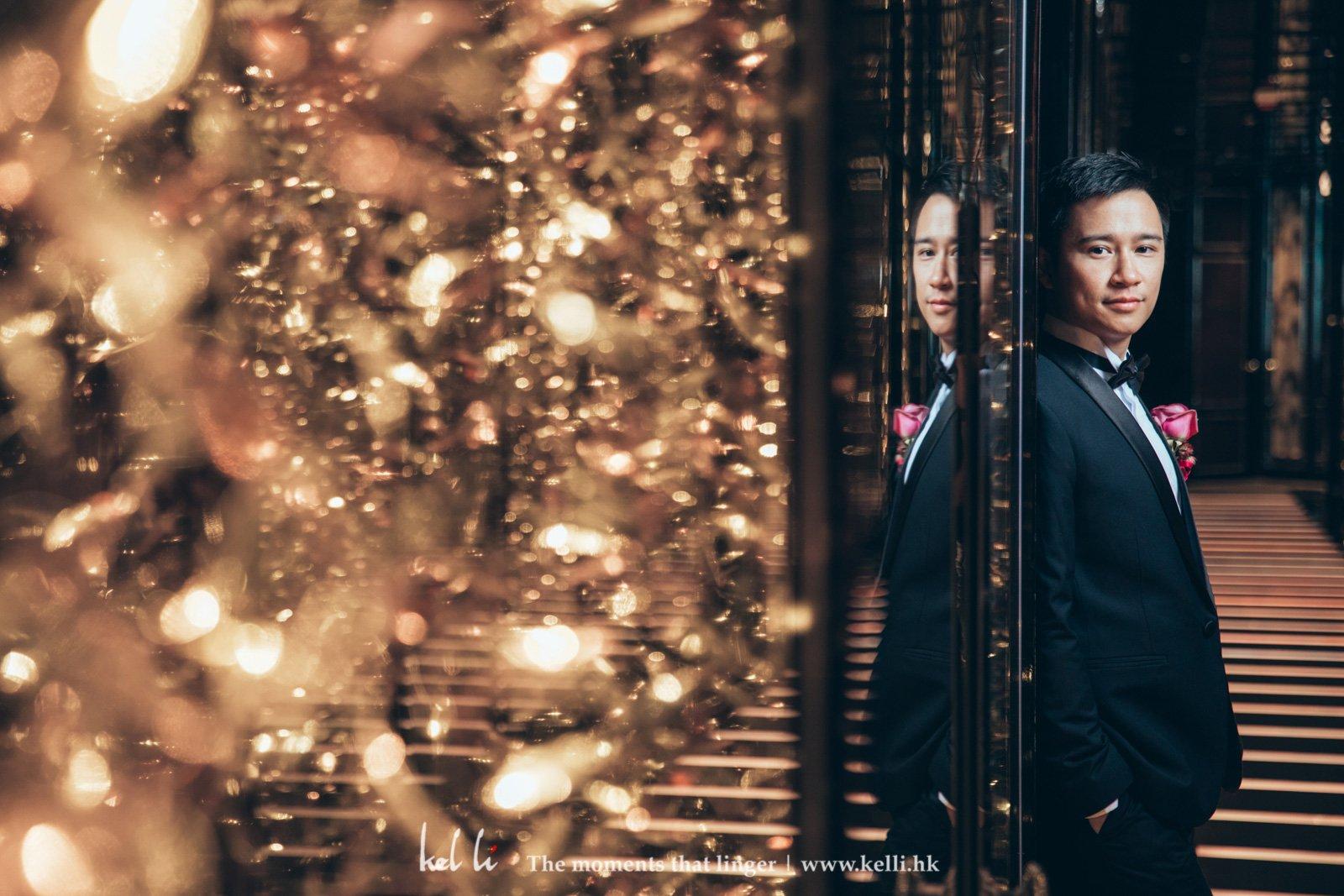 Ritz Carlton的一條巷子,新人在這華麗燈飾顯得更加艷麗