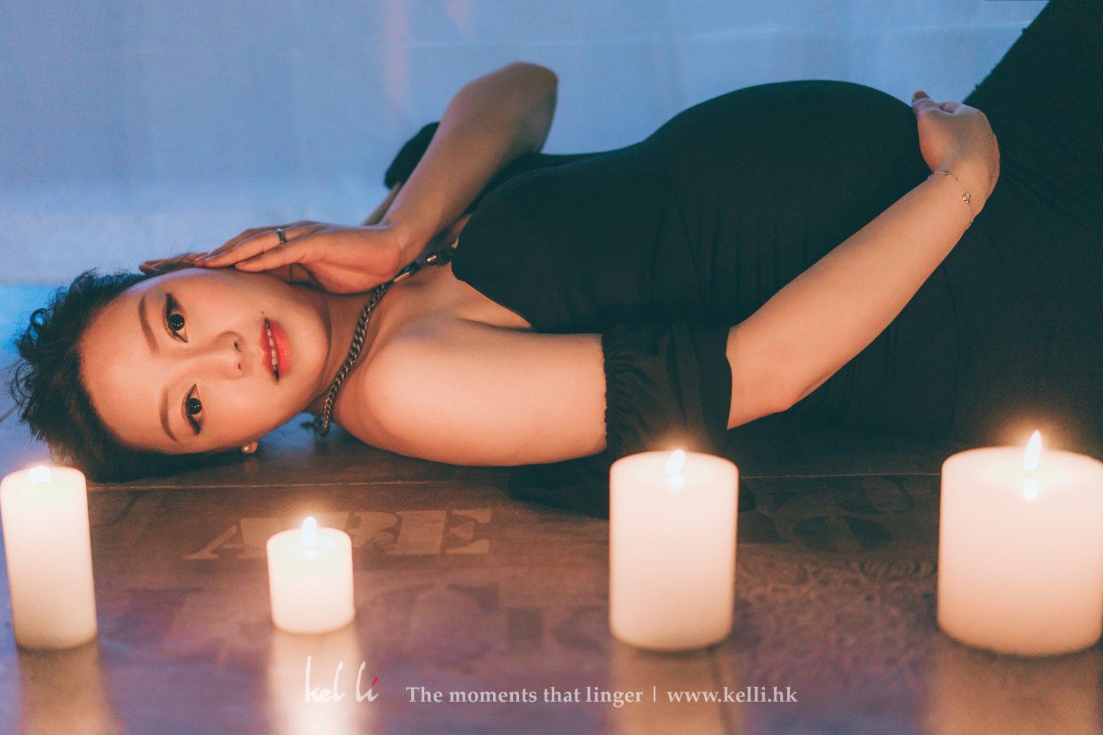 蠟燭作前景的大肚照,Lavigne拍出來的感覺很高貴優雅