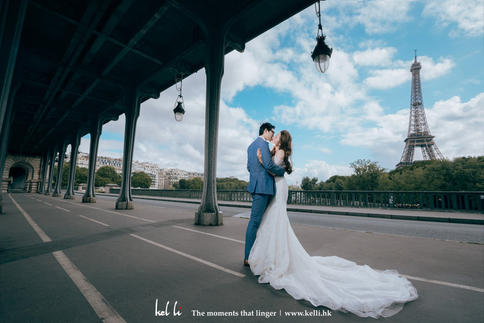 看著這巴黎美景及新人,小編也溶化了
