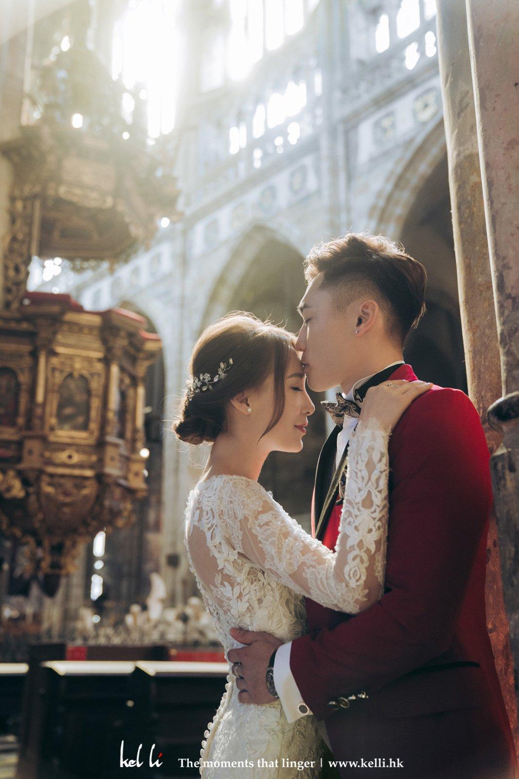 布拉格的哥德式教堂與婚紗是絕配