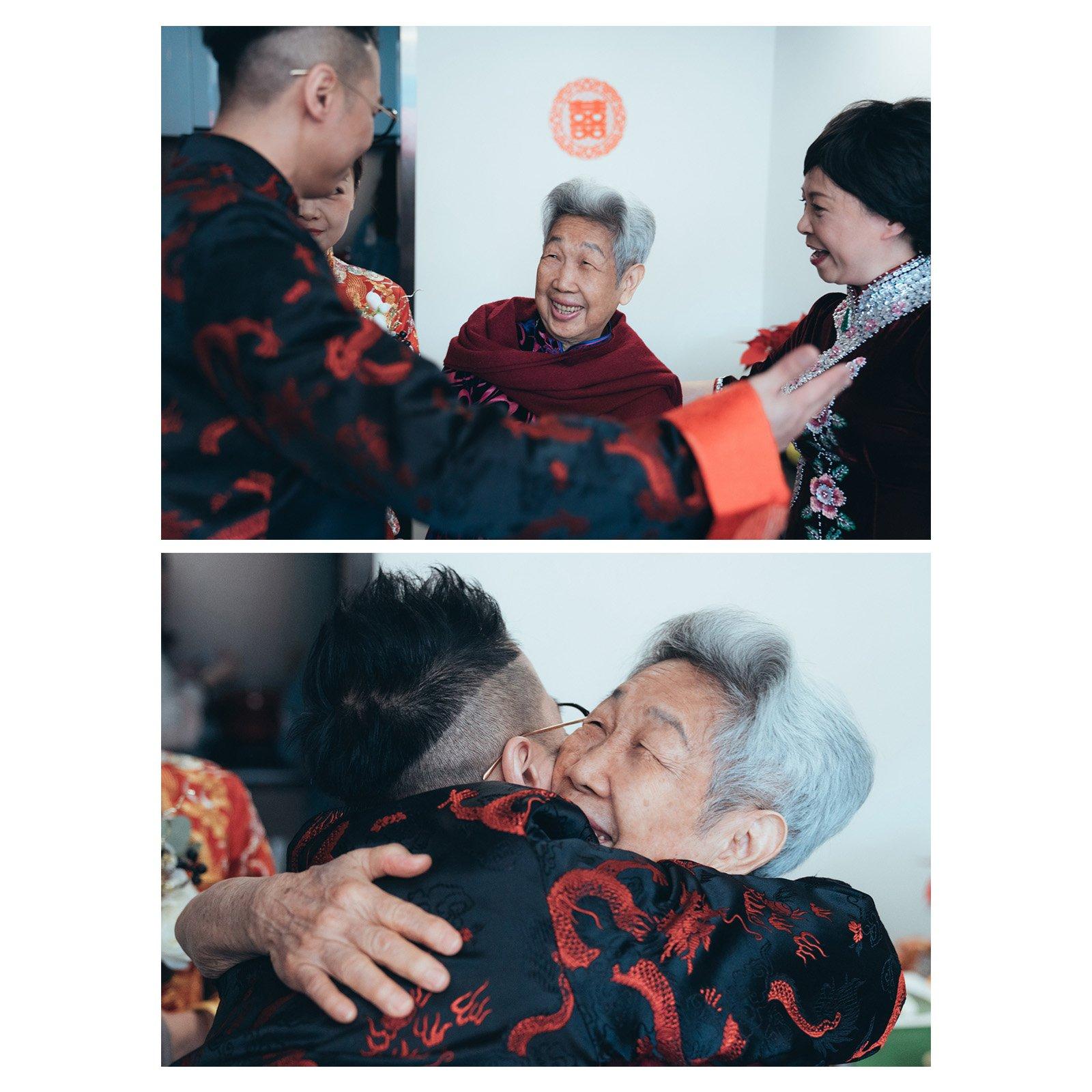 與小時候時常照顧著的婆婆相擁抱,這感覺很親切、很熟識